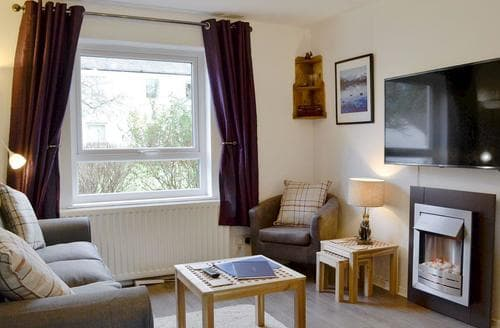 Dog Friendly Cottages - Tasteful Keswick Cottage S86394