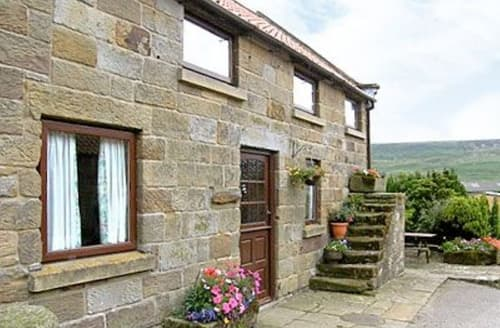Dog Friendly Cottages - Excellent Rosedale Abbey Cottage S15404