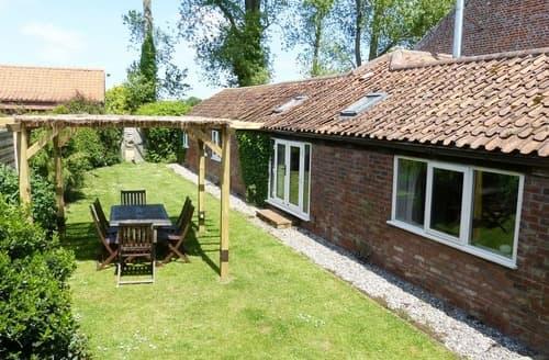 Last Minute Cottages - Luxury North Walsham Cottage S17549