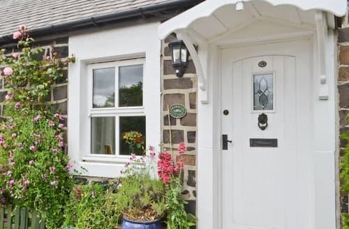 Last Minute Cottages - Adorable Craster Cottage S14537