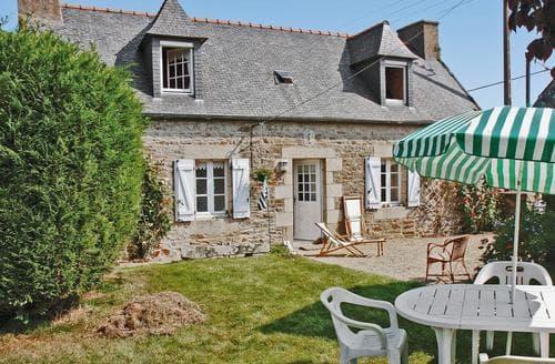 Last Minute Cottages - Pleumeur Gautier