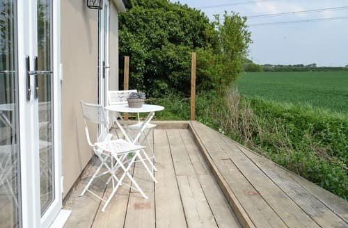 Last Minute Cottages - Attractive Maldon Cottage S100860