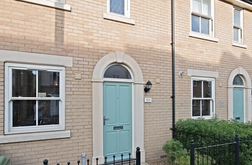 Last Minute Cottages - Camstay Abbey Street