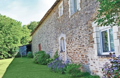 Last Minute Cottages - Bois Charmant