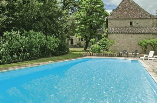 Last Minute Cottages - Chateau De Baneuil