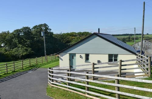 Last Minute Cottages - East Croft Barn