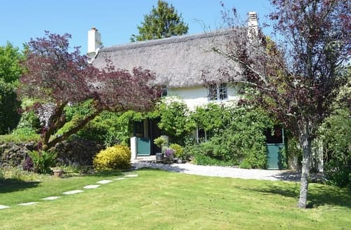 Last Minute Cottages - Whiteabury Cottage