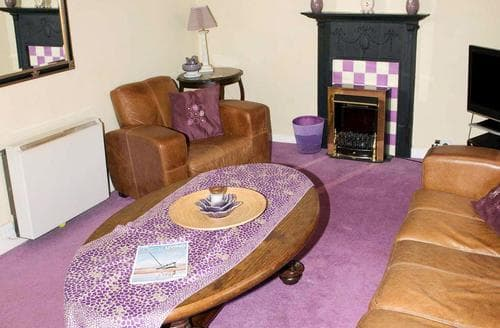 Last Minute Cottages - Excellent Blakeney Apartment S93318