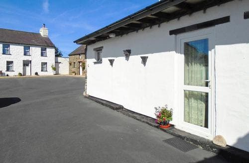 Last Minute Cottages - Henny Penny Cottage - W42569