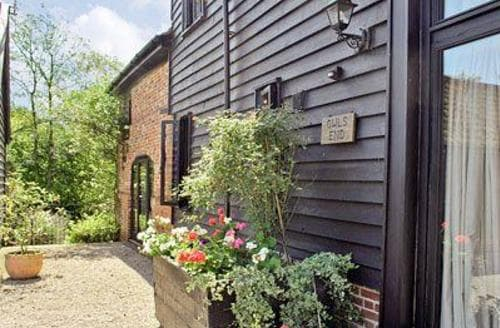 Last Minute Cottages - Luxury Stowmarket Cottage S18015