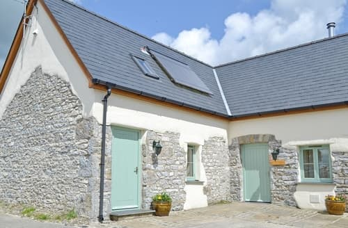 Last Minute Cottages - Excellent Narberth Lodge S38170