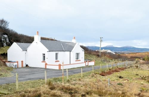 Last Minute Cottages - Taigh Chirsty