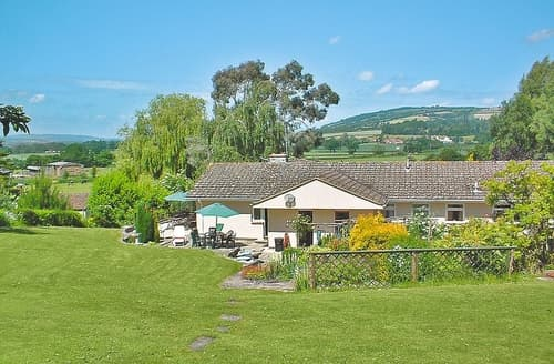 Last Minute Cottages - Lyddons Mead