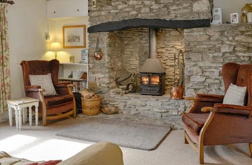 Last Minute Cottages - Inviting Combe Martin Cottage S19087