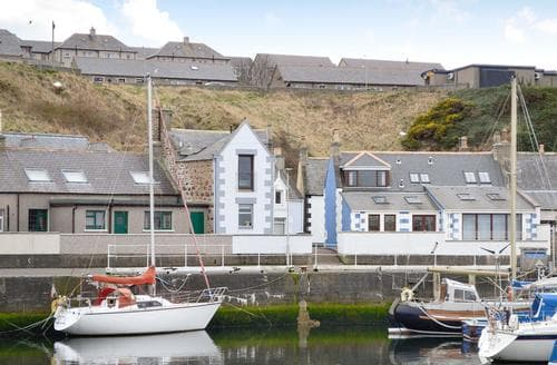 Last Minute Cottages - Wonderful Buckie Cottage S78813