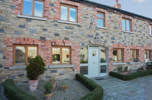Last Minute Cottages - Lovely Navan Cottage S92505