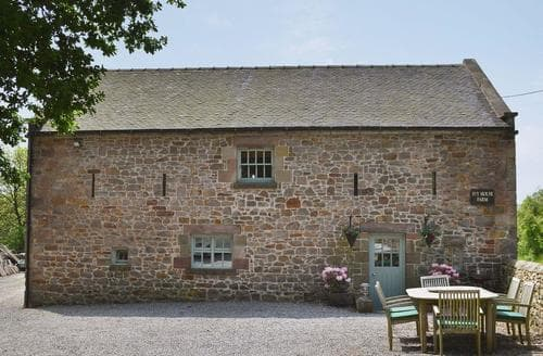 Last Minute Cottages - The Barn at Ivy House Farm