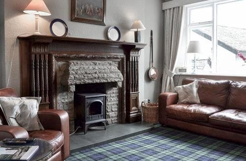 Last Minute Cottages - Luxury Ambleside Cottage S83995