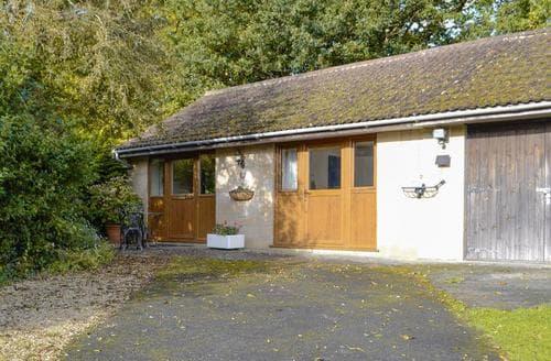 Last Minute Cottages - Exquisite Yeovil Cottage S20348