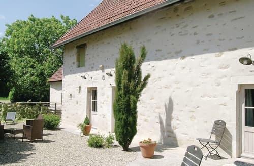 Last Minute Cottages - La Vieille Ferme
