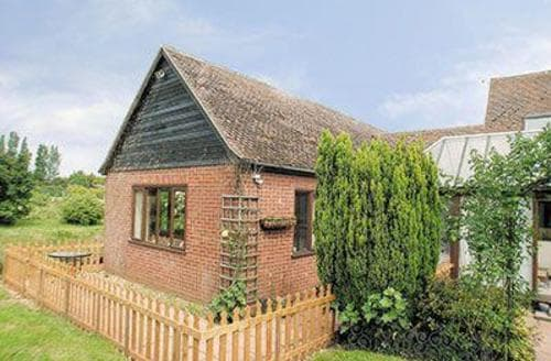 Last Minute Cottages - Delightful Woodbridge Cottage S18073