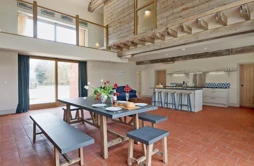 Last Minute Cottages - Splendid Fakenham Cottage S97632