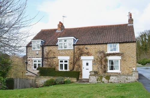 Last Minute Cottages - Inviting Scarborough Cottage S15440