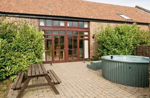 Last Minute Cottages - Mint - E4322