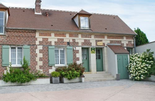 Last Minute Cottages - Gite La Ferme-G6045