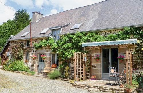 Last Minute Cottages - Superb St Hilaire Du Harcouet Cottage S118640