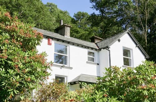 Last Minute Cottages - Quaint Bowness On Windermere Cottage S105283