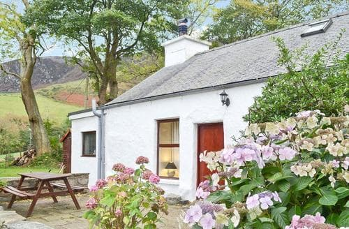 Last Minute Cottages - Wonderful Nefyn Cottage S22306