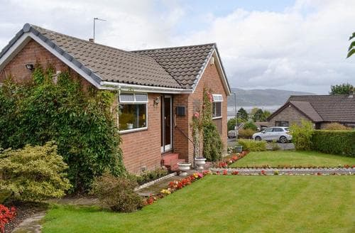Last Minute Cottages - Luxury Glasgow Cottage S94231