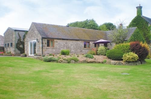 Last Minute Cottages - Lovely Leek Cottage S16033