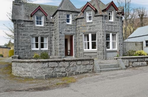Big Cottages - Cosy Lairg Cottage S22859