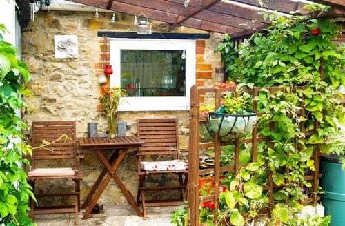 Last Minute Cottages - Inviting Royal Wootton Bassett Cottage S93245