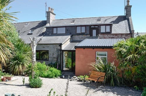 Last Minute Cottages - Gorgeous Buckie Apartment S105309