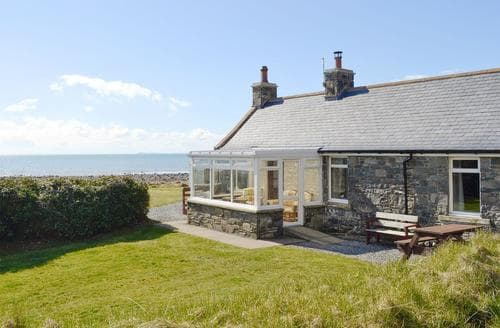Last Minute Cottages - Cosy Newton Stewart Cottage S97686