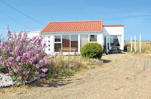 Last Minute Cottages - Les Quatre Vents
