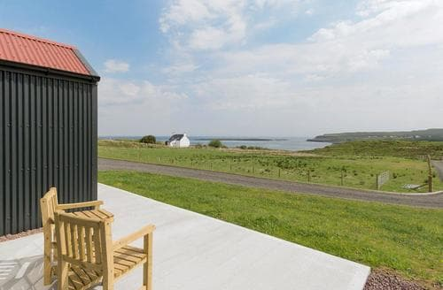 Last Minute Cottages - Attractive Portree Cottage S78774