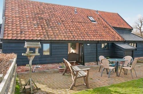 Last Minute Cottages - Woodside Barn Cottages