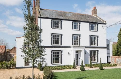 Last Minute Cottages - Delightful Fakenham Cottage S75463
