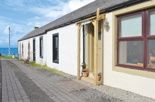 Last Minute Cottages - Cosy Ayr Cottage S41222