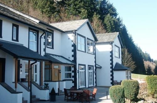 Last Minute Cottages - Tasteful Thornthwaite Apartment S72910
