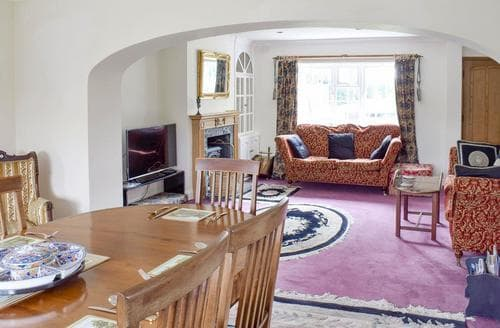 Last Minute Cottages - Captivating Brompton Cottage S84263