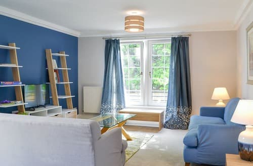 Last Minute Cottages - Superb Edinburgh Apartment S104409