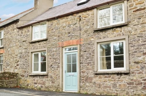 Last Minute Cottages - Cosy Haverfordwest Cottage S21880