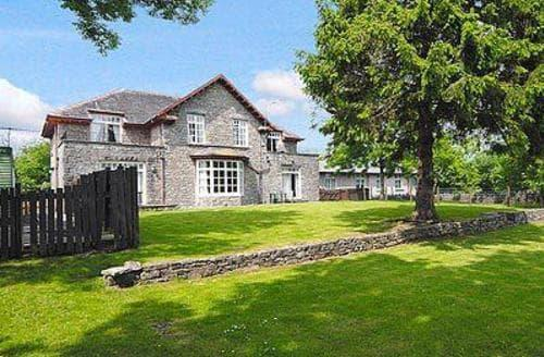 Last Minute Cottages - Delightful Grange Over Sands Apartment S18475