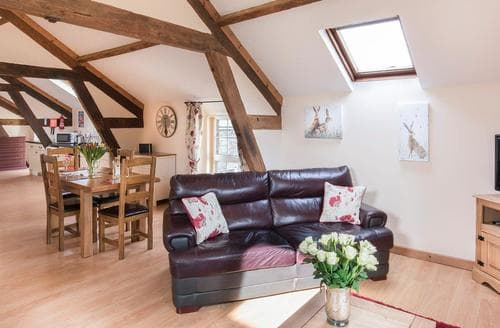 Last Minute Cottages - Gatherley View