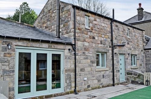 Last Minute Cottages - Riber Retreat